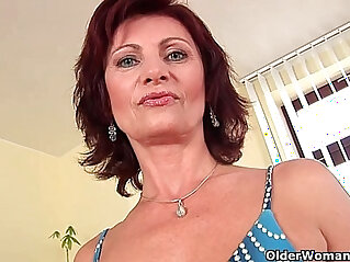 6:53 - Granny with big hard nipples and hirsute pussy masturbates -