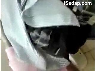7:27 - Student Melayu Dalam Toilet -
