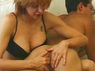 2:56 - Mommy finger -