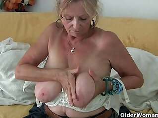 6:39 - Big boobed granny Isabel needs to get off in pantyhose -