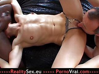 8:50 - Mature folle de sexe enculee sauvagement ! -