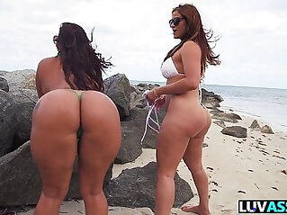 7:48 - Asstastic Day with Spicy J and Miss Raquel -