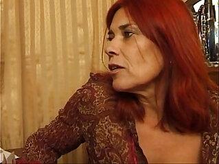20:08 - Mature lesbians -