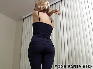 13:35 - Wearing yoga panties makes my pussy so wet JOI -