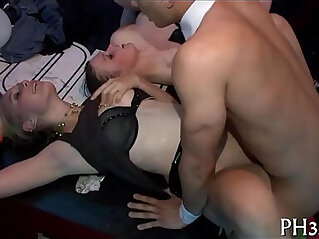 5:39 - Sex party pic -