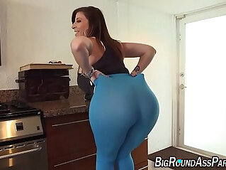 7:46 - Tongued fat ass slut lady like to ride -