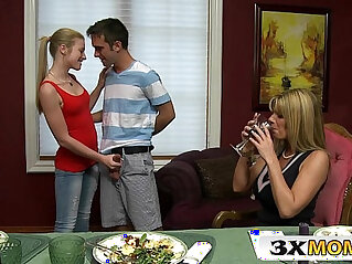 6:36 - Cougar Mom Shares Cock sluty Teen Stepdaughter Avril Hall, Kristal Summers -