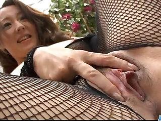 12:17 - Ruhime Maiori fishnet porn show in hardcore -