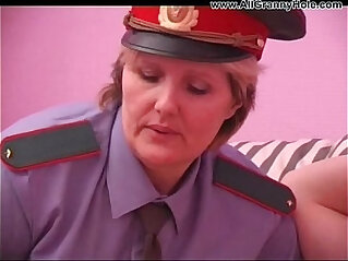16:35 - BBW mature policewoman forcing -