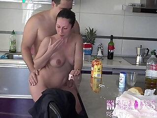 10:03 - mejores momentos reality del torneo parte  Gran hermano porno , big brother porn. live. -
