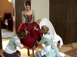 24:28 - suduction of the maids -
