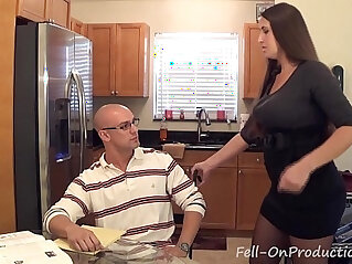 4:40 - Madisin lee in milf mom helps son with his term paper blue balls -