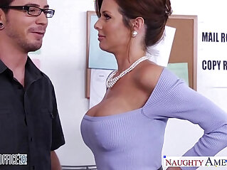 9:00 - Stockinged veronica avluv fuck in the office -