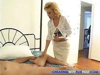 28:25 - Older Aunty Loves to Suck my Big Cock -