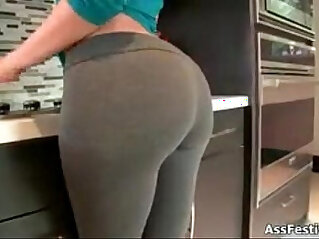 5:07 - Sexy girl showing off ass -