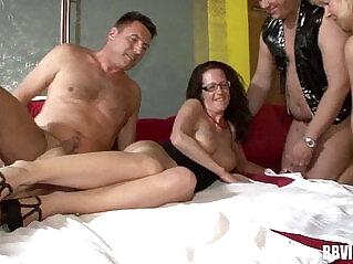 11:00 - German swingers fucking in foursome -