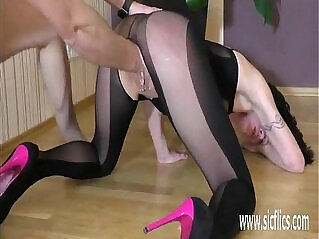 5:12 - Brutal fisting makes her squirt orgasm -