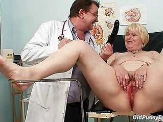 5:21 - Chubby blond mom hairy wet pussy doctor exam -