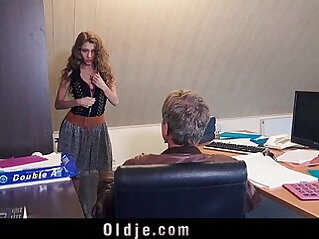 6:03 - Sexy secretary blackmails her old boss for dirty fuck facial -