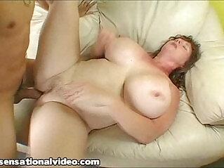 1:38 - Sexy Plump MILF Fucks Teen She Meets At the Beach -