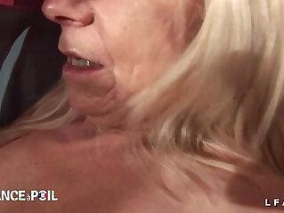 33:18 - Casting amateur d une grand mere prise en double penetration et fistee -