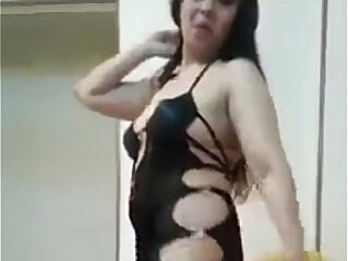 2:07 - sexy belly dance -