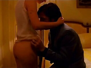 16:34 - Mila Kunis and Natalie Portman Sexy Scenes Lesbian babes Kissing -